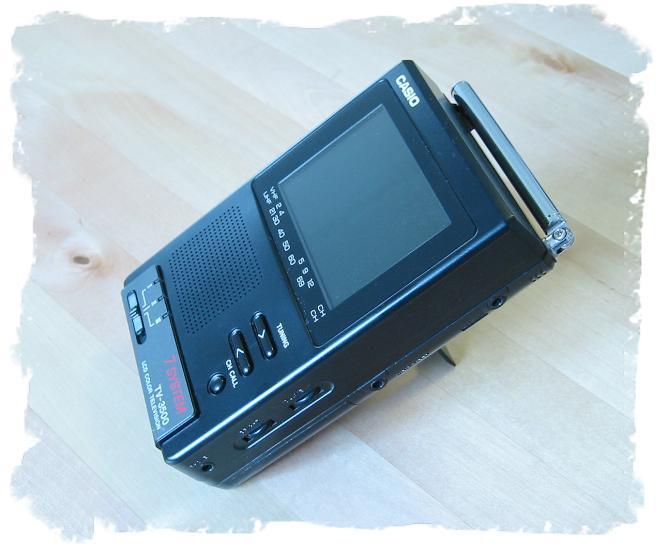 Автор:Rum.  Это модель: Casio TV 3500S.  Цитата: От пользователя:Абилардо.  ТВ в салоне авто, Кассио ТВ, 3500.
